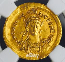 Pâques Empire Romain, Théodose II (402-450 Ad) Or Solidus Coin. Ngc Xf 5/2